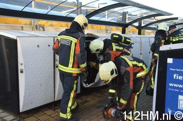 Fietskluis in brand Gouda (12)