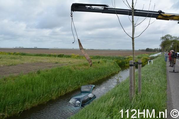 Auto te water Plasweg Waddinxveen (3)