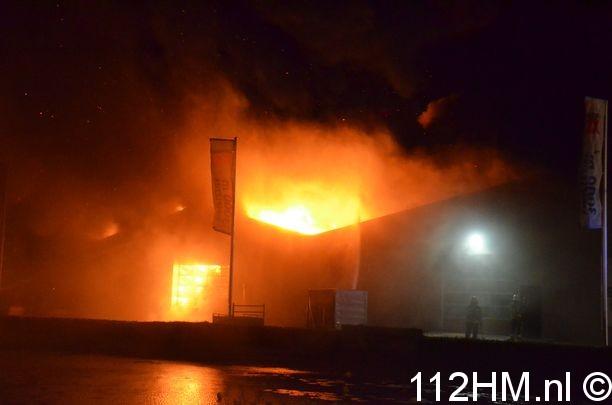 Zeer grote brand Kouwe Hoek Waddinxveen (6)