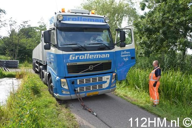 Vrachtwagen weggezakt Voorwillenseweg GDA (6) (Kopie)