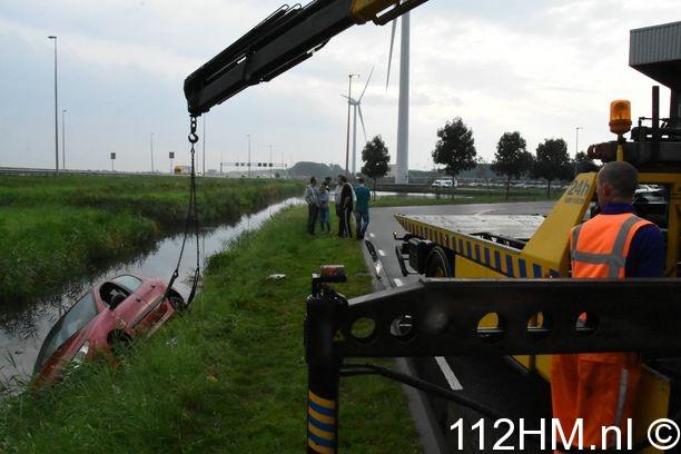 Voertuig te water Waddinxveen (4)