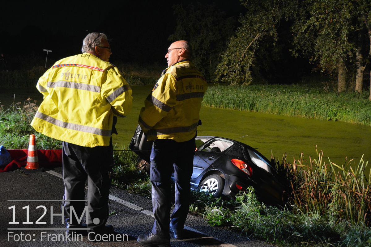 Voertuig te water Schielandweg Nieuwerkerk (3)