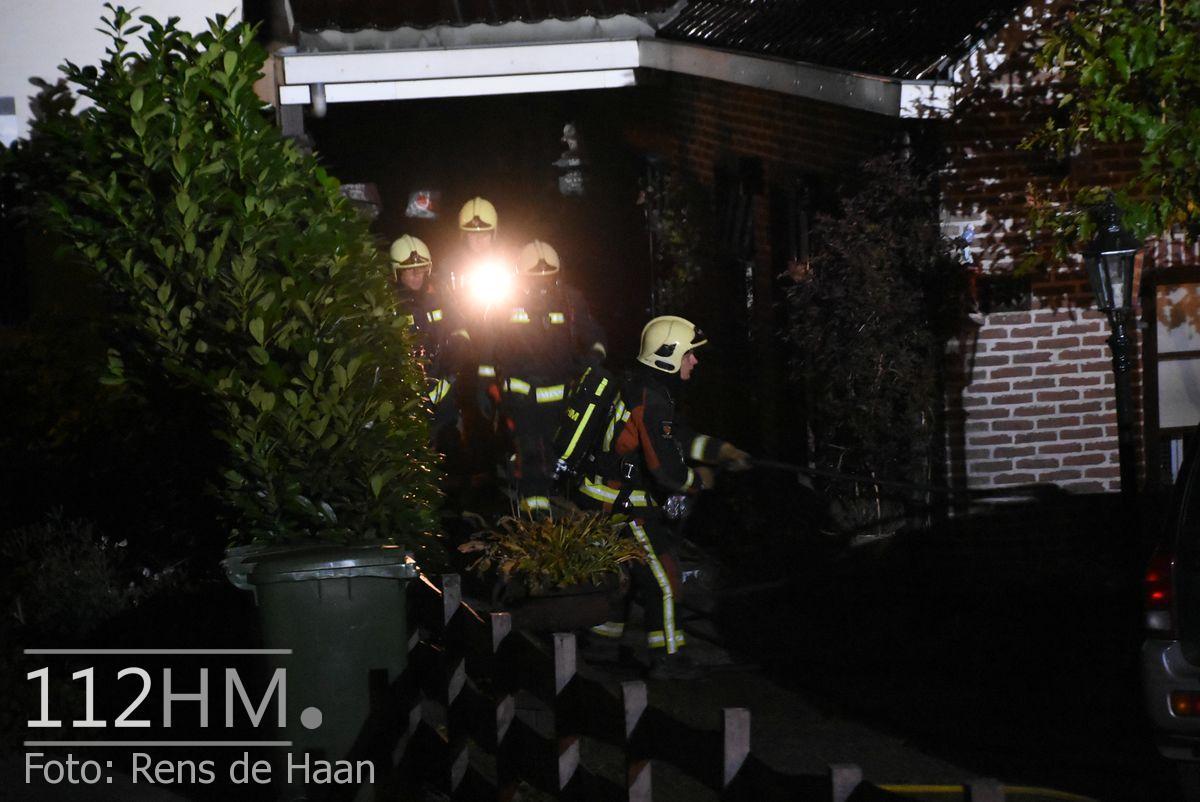 Uitslaande brand Noordeinde Moerkapelle (13)
