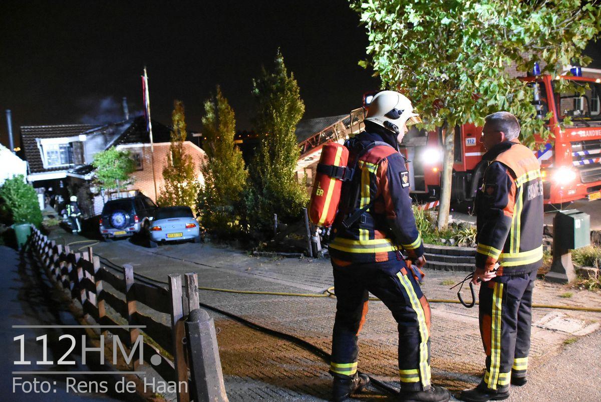 Uitslaande brand Noordeinde Moerkapelle (16)