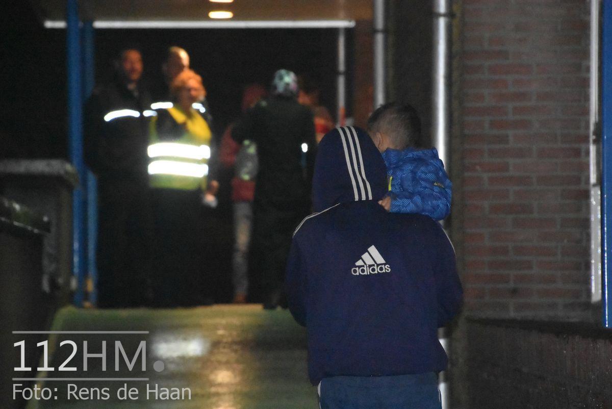 Vluchtelingen komen aan bij opvang Waddinxveen (12)