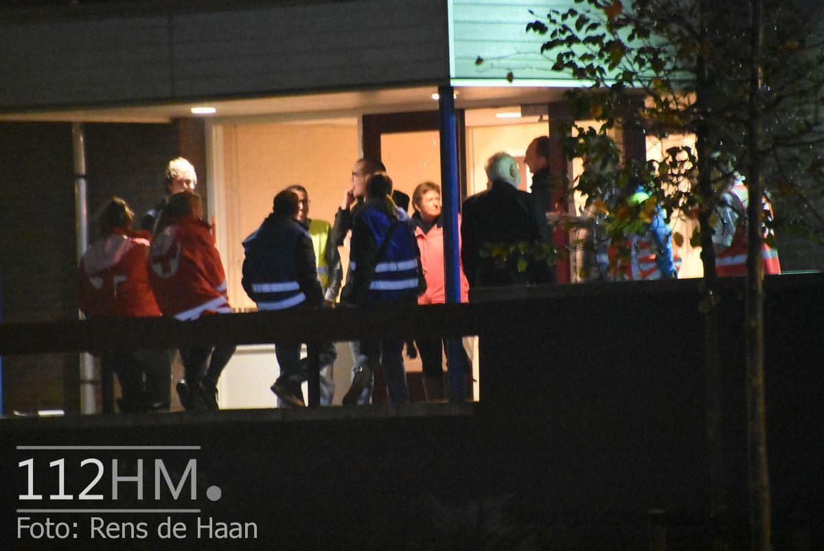 Vluchtelingen komen aan bij opvang Waddinxveen (4)