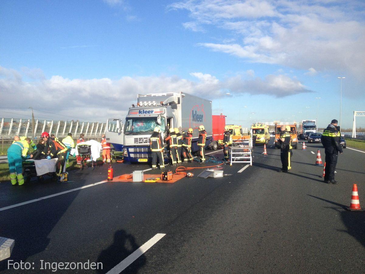 Ongeval A4 Roelofarendsveen (4)