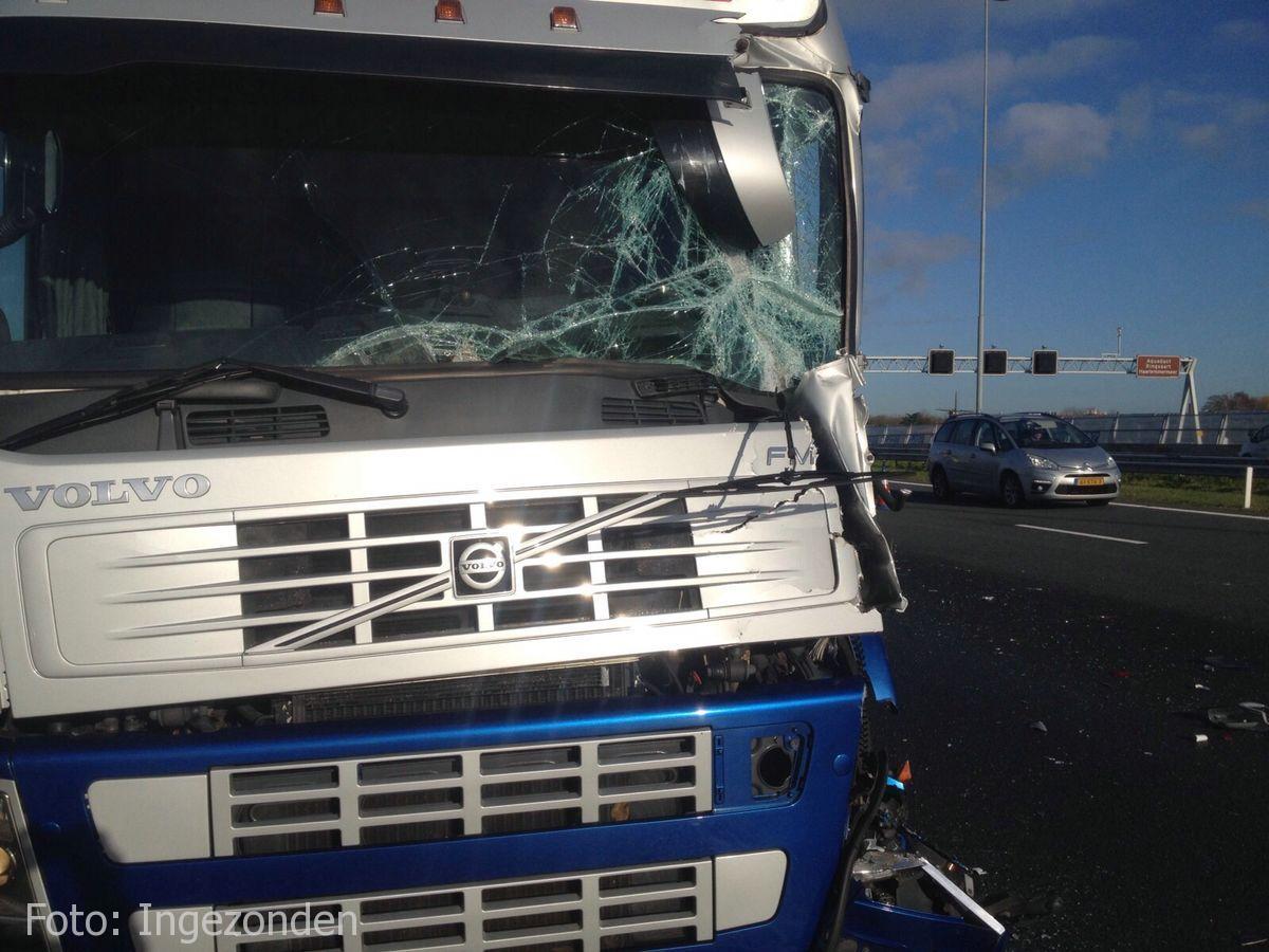 Ongeval A4 Roelofarendsveen (8)