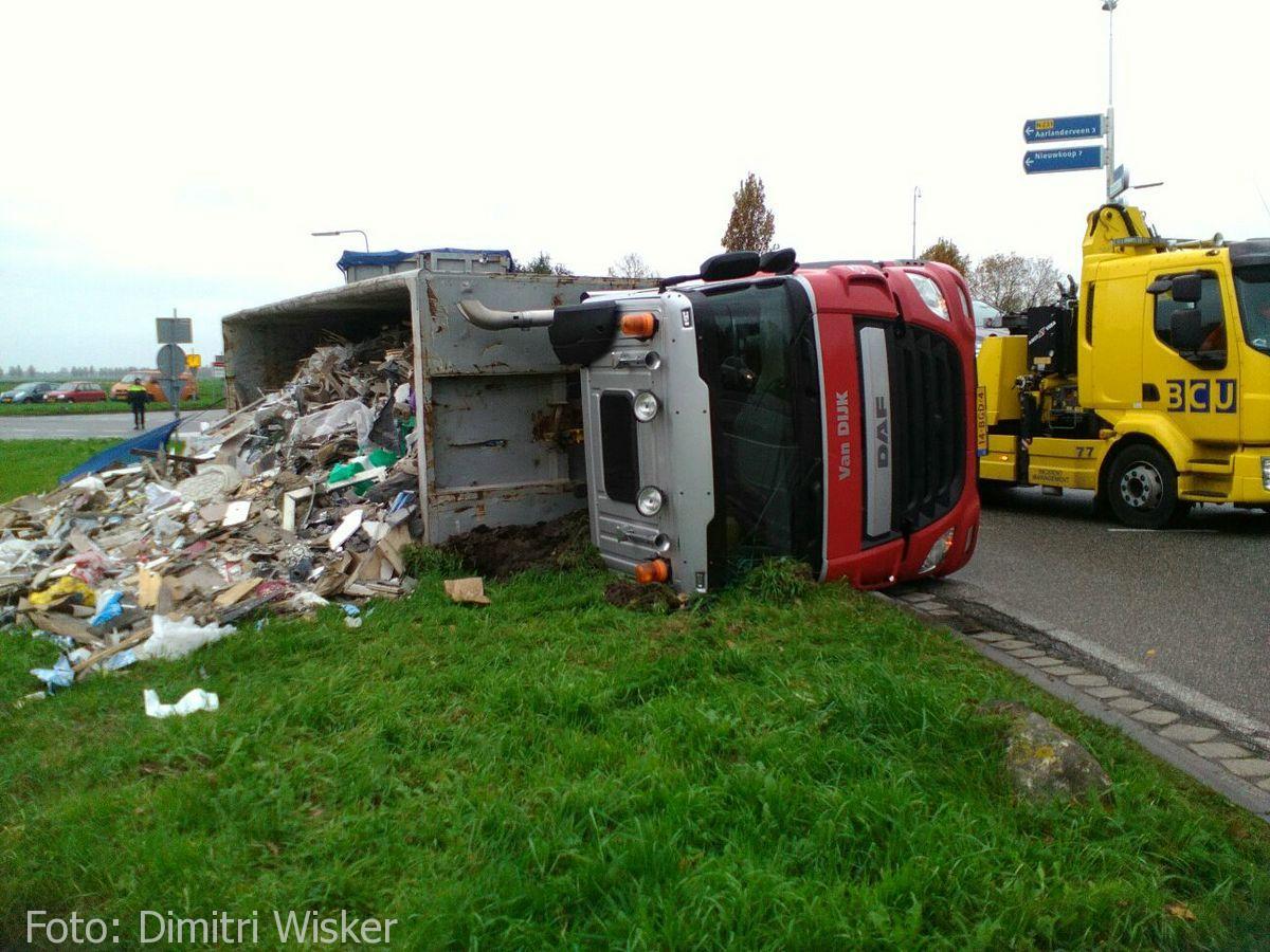 Vrachtwagen gekanteld (13)