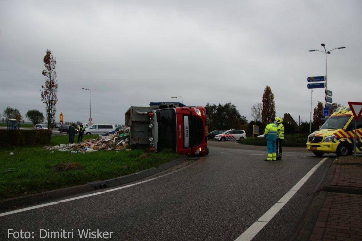 Vrachtwagen gekanteld (4)
