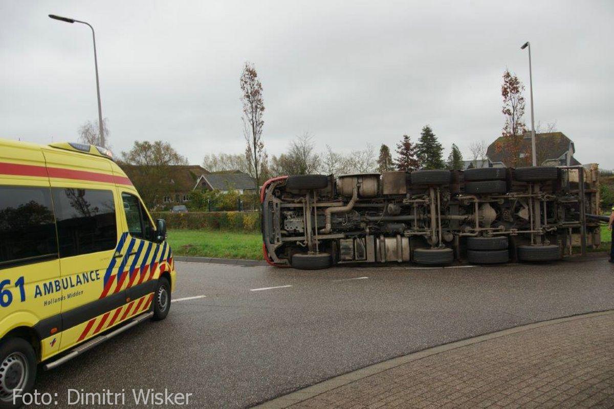 Vrachtwagen gekanteld (6)