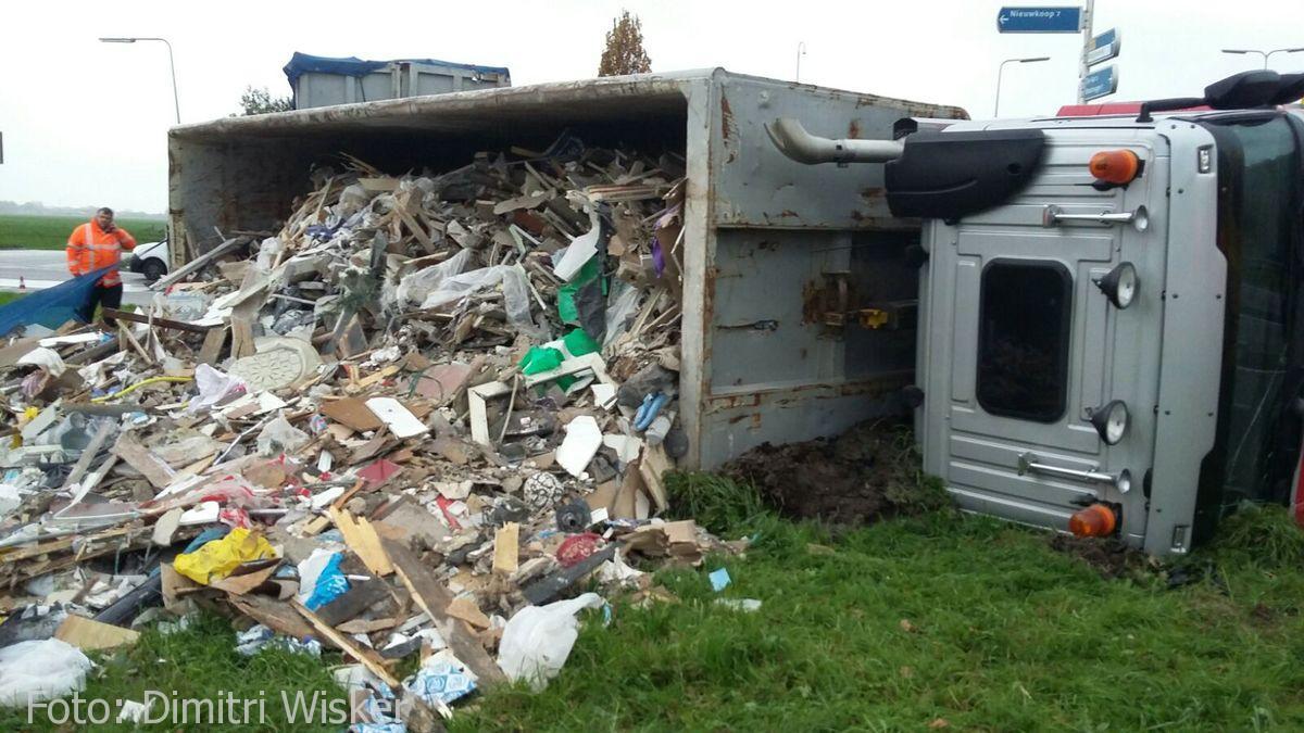 Vrachtwagen gekanteld (8)
