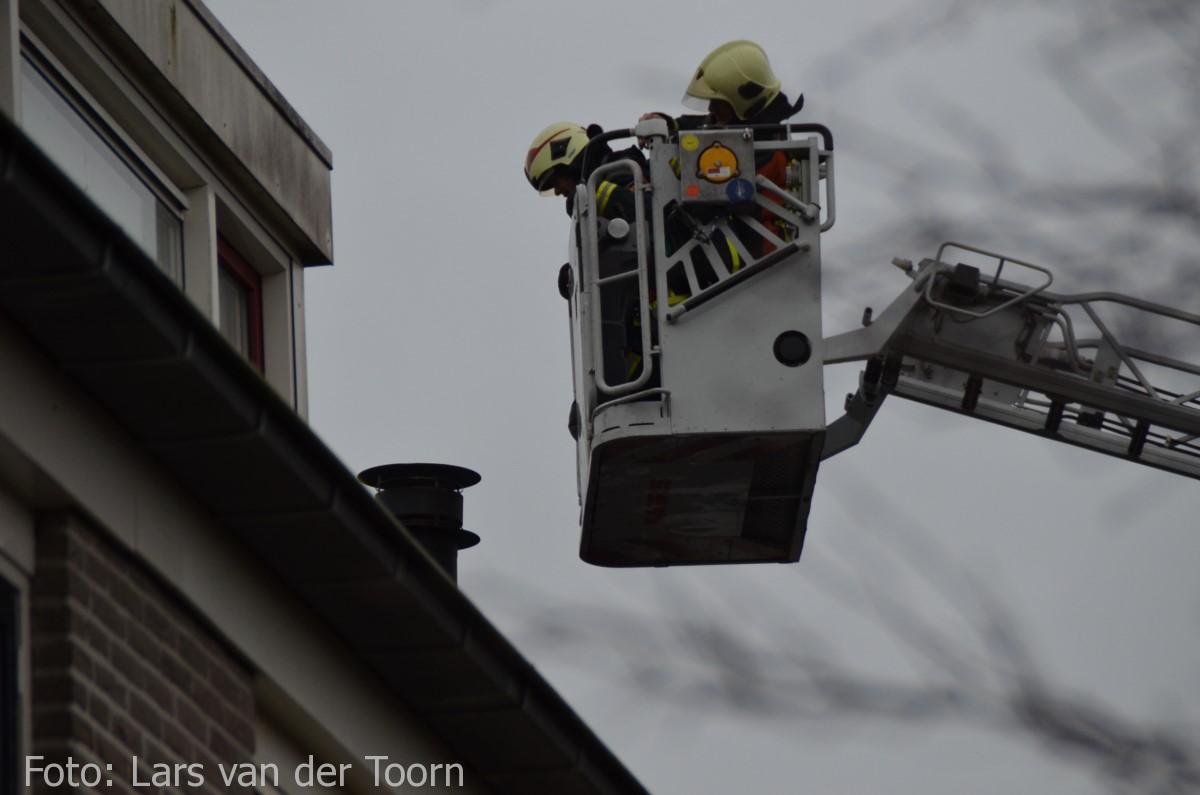 schoorsteenbrand marga klompehoeve wdn 29-11 ^LT (14) [#112hm.nl]