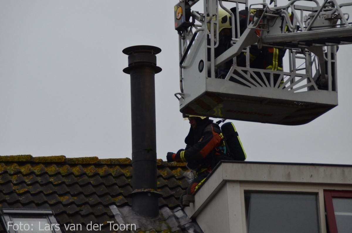 schoorsteenbrand marga klompehoeve wdn 29-11 ^LT (17) [#112hm.nl]