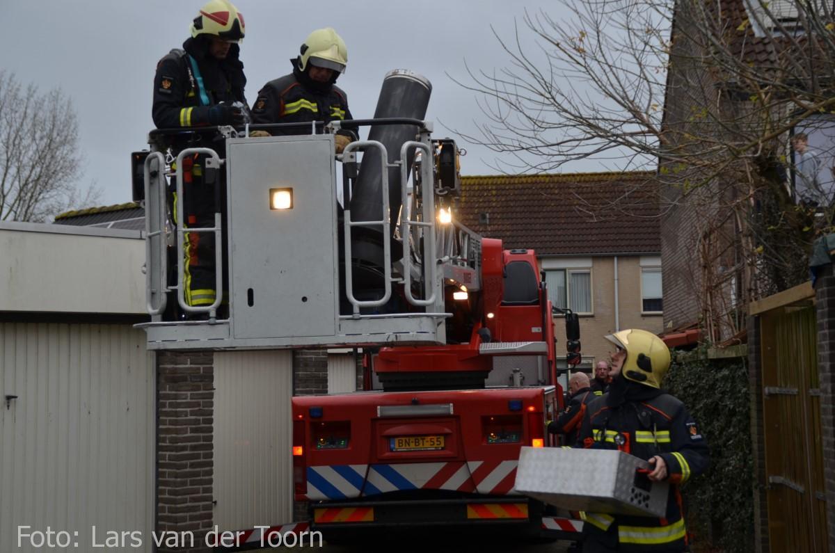 schoorsteenbrand marga klompehoeve wdn 29-11 ^LT (19) [#112hm.nl]