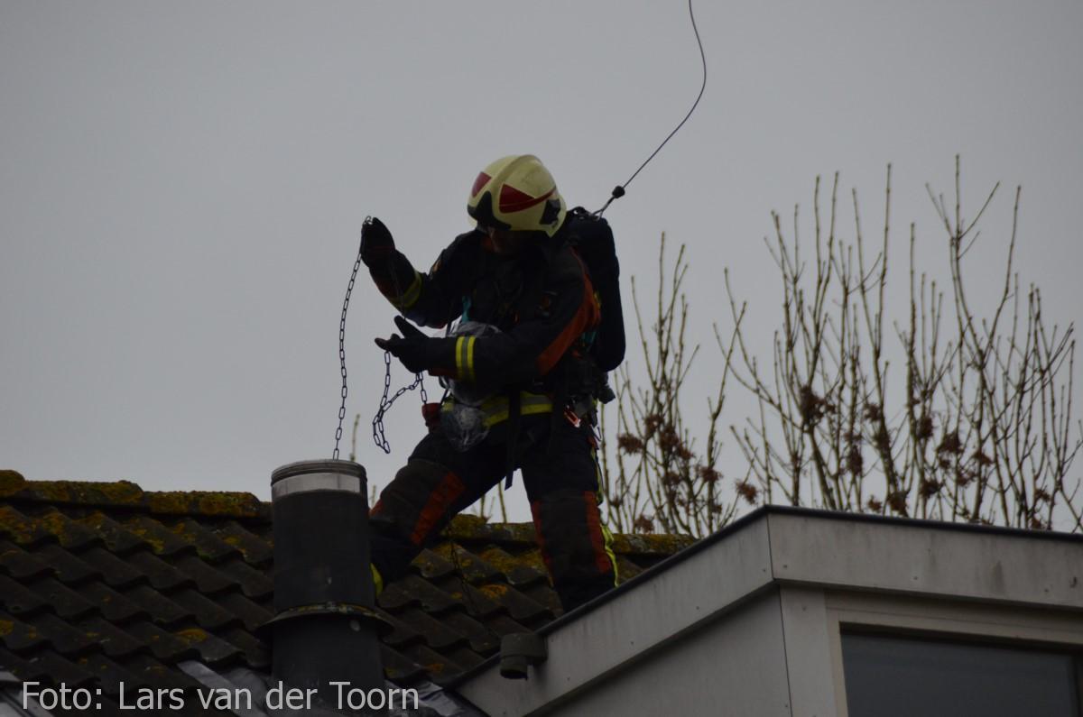 schoorsteenbrand marga klompehoeve wdn 29-11 ^LT (24) [#112hm.nl]