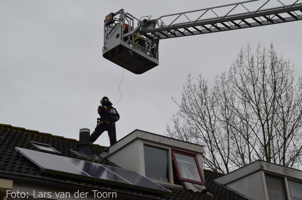 schoorsteenbrand marga klompehoeve wdn 29-11 ^LT (25) [#112hm.nl]