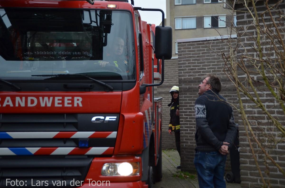 schoorsteenbrand marga klompehoeve wdn 29-11 ^LT (4) [#112hm.nl]