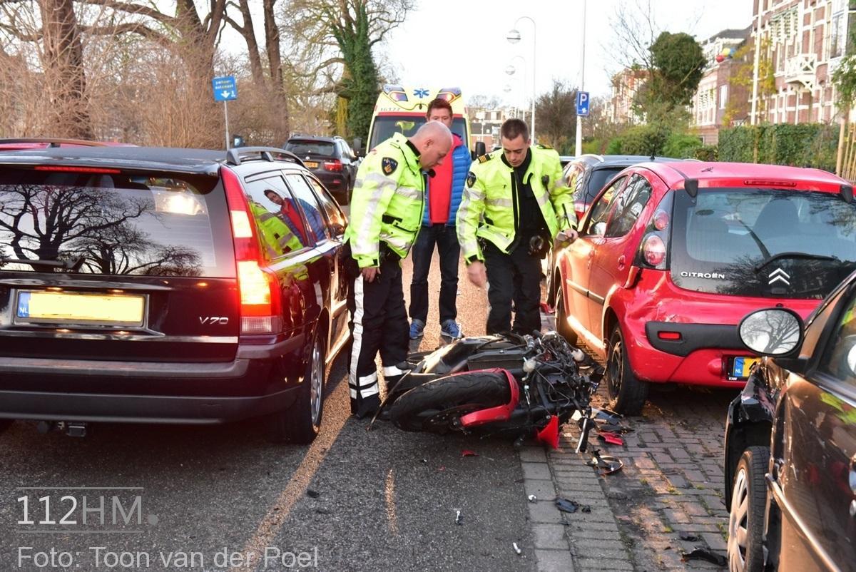 Ongeval auto vs motor JvHoutkade LDN (2)