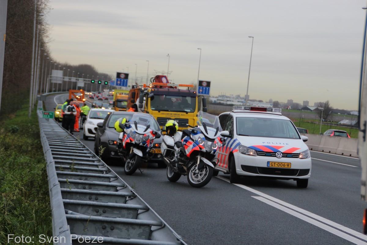 Ongeval (beknelling) A12 Zevenhuizen (21)-2