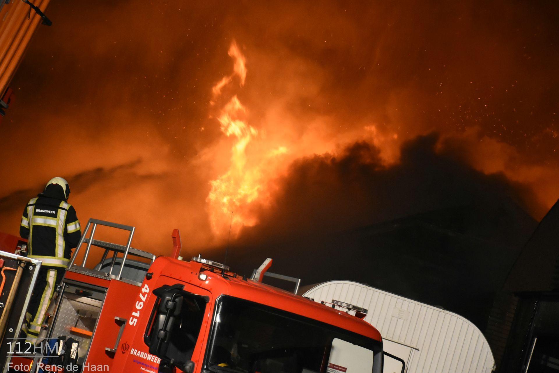 Grote brand Graafdijk Lopik (15)